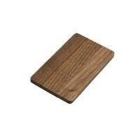 Флешка в виде деревянной карточки с выдвижным механизмом